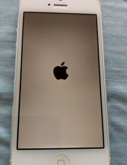 Unlocked iPhone 5 16gb White Mint Condition for Sale in Miami,  FL