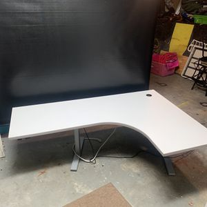 Stand Up Desk for Sale in Coto de Caza, CA