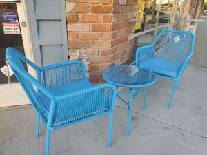 PATIO TABLE SET (MESA PARA PATIO) for Sale in Long Beach, CA