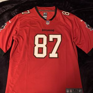 Gronkowski #87 Red Buccaneers Jersey for Sale in Glendale, CA