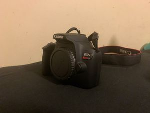 Canon EOS Rebel T7 for Sale in Silver Spring, MD