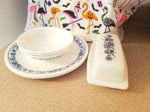 Corelle Pyrex for Sale in Vancouver, WA