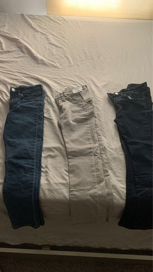 FREE H&M Boys skinny jeans for Sale in Cleveland, OH