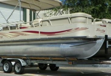 """2004 Bentley pontoon is very clean strong mercury 90-hp four stroke """"efi"""" for Sale in Seattle,  WA"""