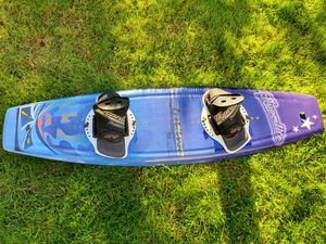Hyperlite Latitude 142 Wakeboard 🏄♂️ 🌞 for Sale in Issaquah, WA