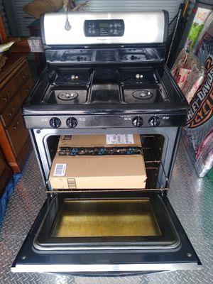 Frigidaire Gas Stove Oven for Sale in Crandon, WI