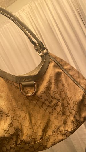 Gucci Bag Authentic (pickup only) for Sale in Los Angeles, CA