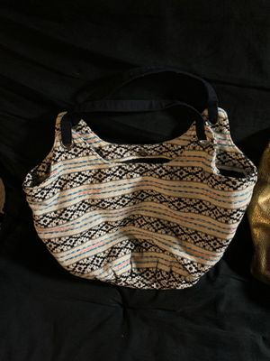 Medium hobo bag for Sale in Chicago, IL