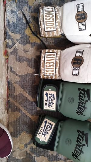 Gloves _ boxing for Sale in San Diego, CA