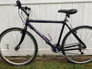 """Cannondale 26"""" road bike with gears perfectly working for Sale in Great Neck, NY"""