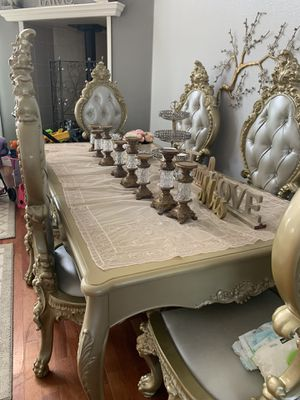 Table and 8 char for Sale in Oroville, CA