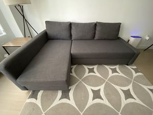 Gray sectional sofa and sleeper for Sale in Jersey City, NJ