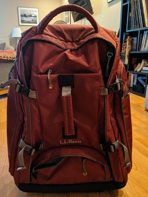 LL Bean Rolling Duffle Bag for Sale in Norwalk, CT