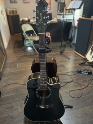 Electric Acoustic Takamine . Beautiful black eg531C model for Sale in House Springs, MO