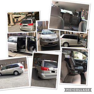 2007 Toyota Sienna for Sale in Arlington, VA