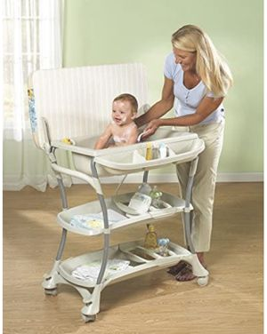 Primo Euro Bath Baby Bath Tub and Changing Table for Sale in Plantation, FL