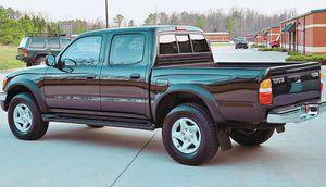 2003 Toyota Tacoma Black for Sale in Tulsa, OK