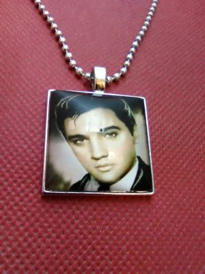 Elvis Presley Necklace for Sale in Columbus, OH