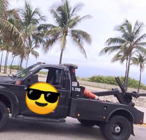 Ford F450 Tow truck for Sale in Sunny Isles Beach, FL