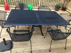 Table & Chairs for Sale in Herndon, VA