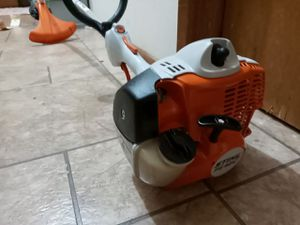 Stihl FSU 40c weedeater for Sale in Tacoma, WA