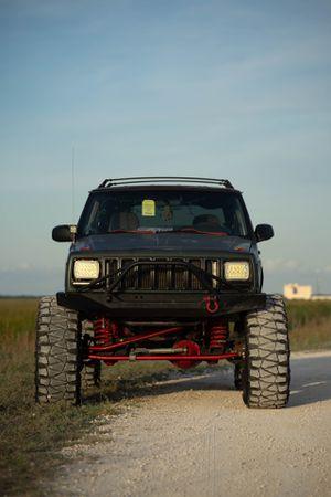 1998 Jeep Cherokee Xj for Sale in Farmington Hills, MI