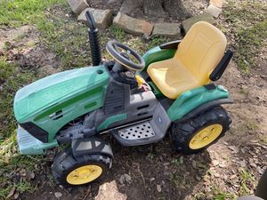 Preg Prego John Deer Tractor and Trailer for Sale in Katy, TX