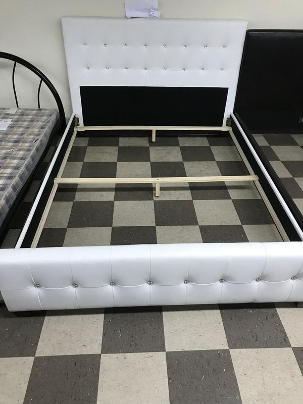 CAMA DE PERLA EN LEADER.BED MATTERSS AND BOX NEW