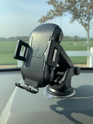 Car Wireless Charger Holder for Sale in Norco, CA