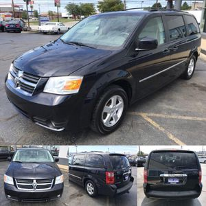 2010 Dodge Grand Caravan SXT for Sale in Parma, OH
