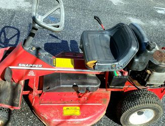 "Snapper 30"" Riding Mower for Sale in Sykesville,  MD"