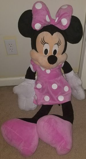 Giant Minnie mouse stuffed animal for Sale in Stone Mountain, GA
