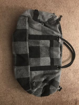 Abercrombie & Fitch Duffle Bag for Sale in Los Angeles, CA