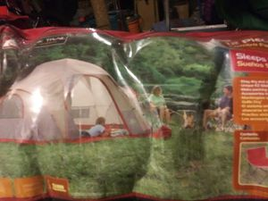 This is a camping set for 5 people for Sale in HOFFMAN EST, IL