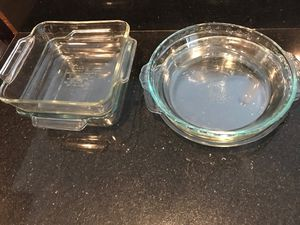 5 glass baking dishes. 2 Pyrex for Sale in Weston, FL