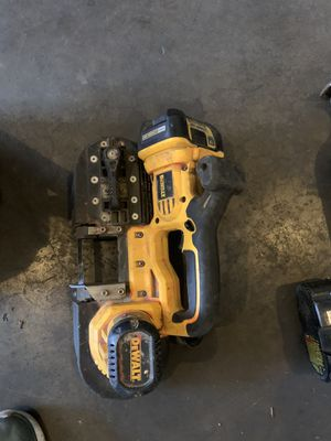 DeWalt 18 Volt BandSaw Band Saw with Battery and Charger for Sale in Hermosa Beach, CA