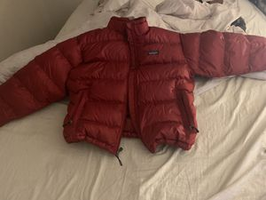 Patagonia men's jacket size medium for Sale in St. Louis, MO