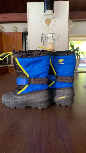 Sorel kids snow boots for Sale in Santa Ana, CA