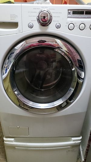 LG front loader washer for Sale in The Bronx, NY