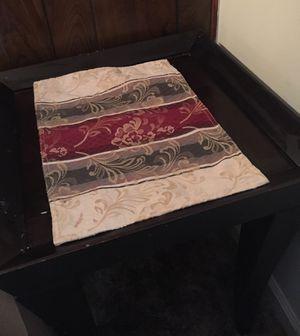 Black end table for Sale in Rustburg, VA