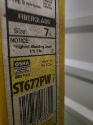 OSHA 7' Fiberglass Step Ladder for Sale in Fontana, CA