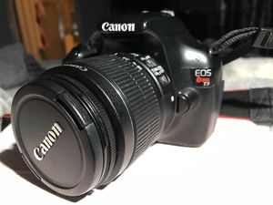 Mint Condition Rebel T3 Canon SLR digital camera for Sale in Austin, TX