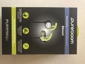 Pure Boom Bluetooth Wireless Earbuds for Sale in Reedley, CA