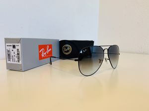 New Ray-Ban Aviator Oversize Size 62mm & Standard Size 58mm for Sale in La Puente, CA