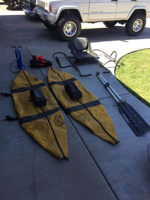8 foot inflatable pontoon boat for Sale in Glendale, AZ