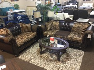 BRAND NEW SOFA AND LOVESEAT for Sale in Portland, OR