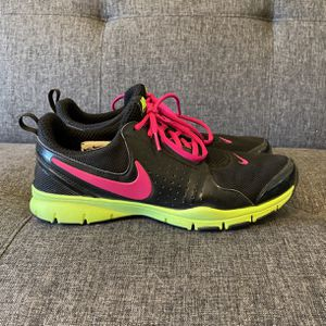 Nike Women's Sneakers for Sale in Raleigh, NC