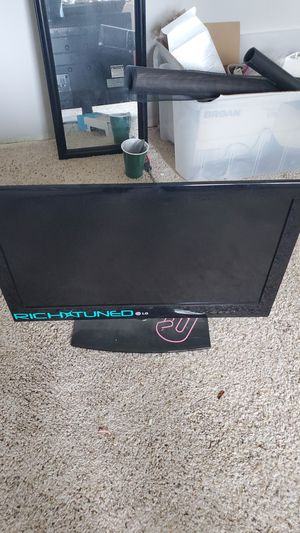 LG flat screen tv for Sale in Port Orchard, WA