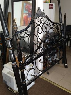 Bronze And Black Queen Bed Frame for Sale in Philadelphia,  PA