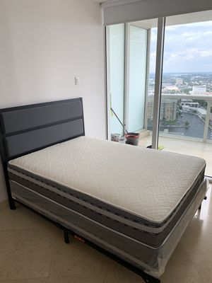 New queen mattresses and box springs FREE DELIVERY 150$ for Sale in Hollywood, FL